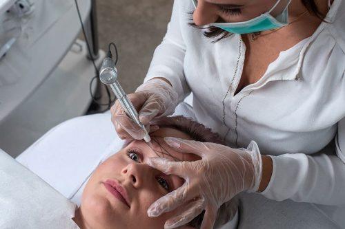 Specialist op gebied van stamcelbehandeling en haarproblemen | A-clinic Weert